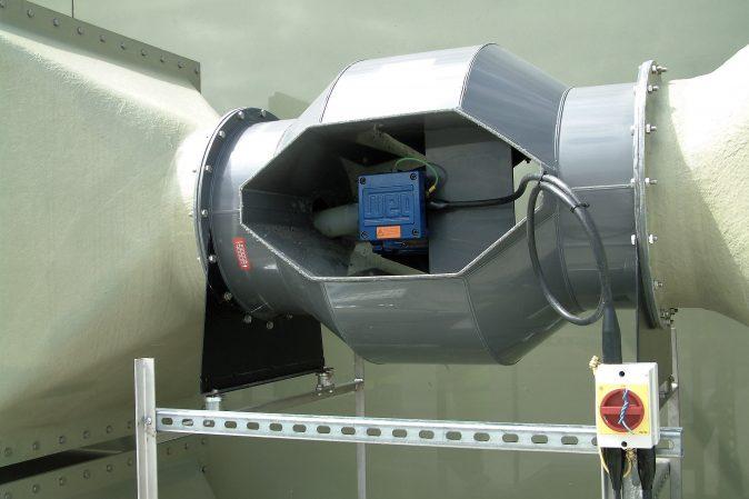 B-Series Bifurcated Fans - Plastic Bifurcated axial flow fan in service