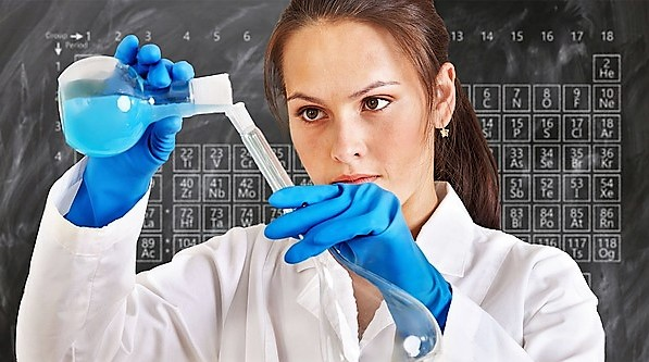About APMG - chemist using laboratory, school laboratory